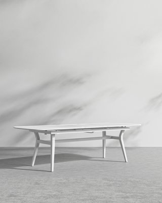 Linnea Outdoor Dining Table 2020